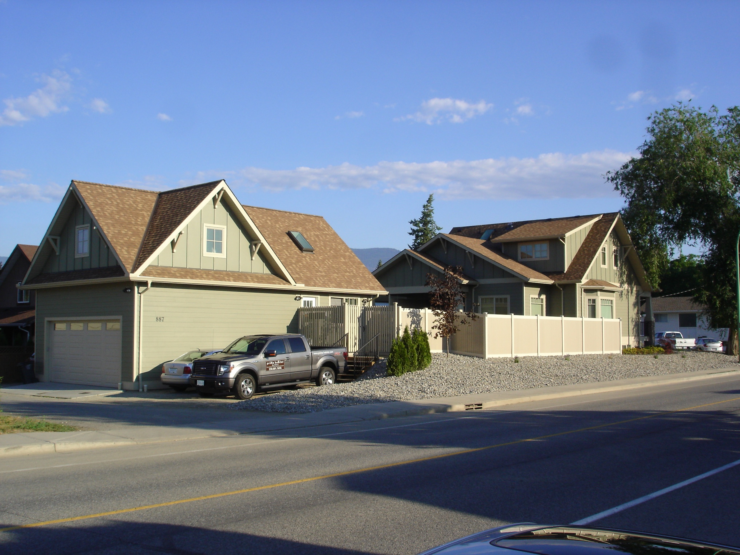 Kelowna House and Carriage House